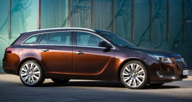 Opel Insignia Sports Tourer Price in Iran