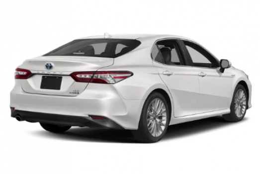 Toyota Camry Hybrid SE Price in USA