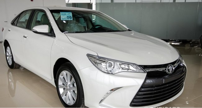 Toyota Camry SE  Price in Singapore
