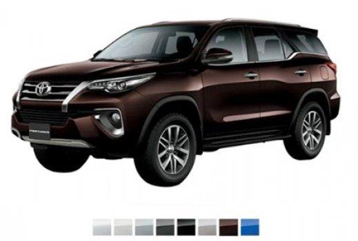 Toyota Fortuner 4.0 VXR  Price in Macedonia