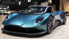 Aston Martin Vanquish 2022