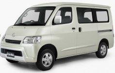 Daihatsu Gran Max Glass Van