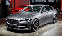 Jaguar XE R-Dynamic S AWD 2020
