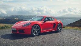 Porsche Cayman S Coupe 2020