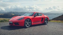 Porsche Cayman T Coupe 2020