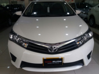 Toyota Corolla 1.3 GLi MT