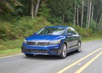 Volkswagen Passat Comfortline 2.0 TSl 2018